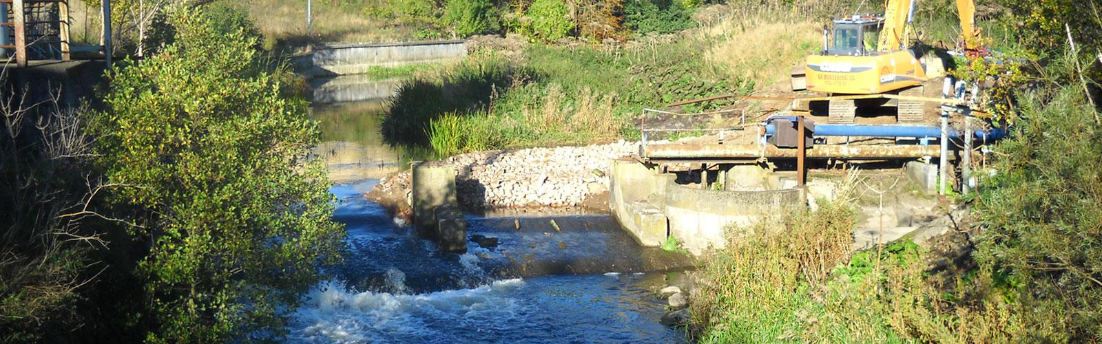 Utrivning av dammen påbörjas