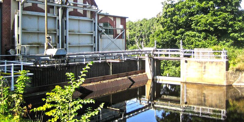 Intagsgallret vid Hertings kraftstation före åtgärd